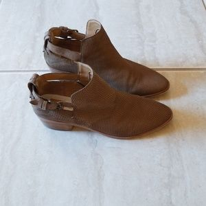 Dolce vita nude ankle boots 10